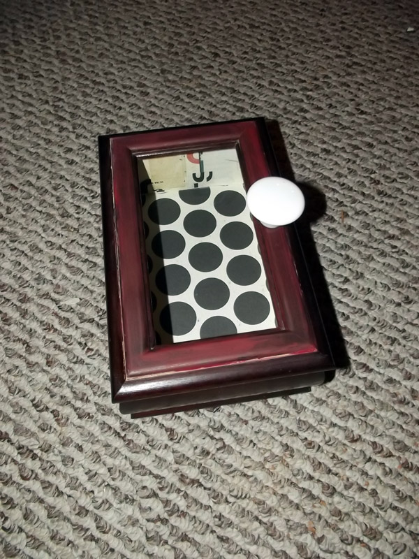Jewelry Box with Paper Paint and Handle