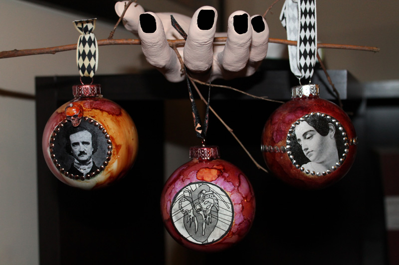 easy glass ornaments for halloween or christmas or both wonderstrange arts - Halloween Christmas Ornaments